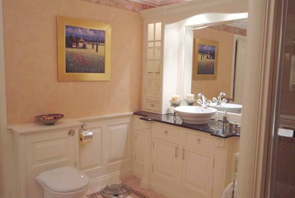 bathroom wall panelling, cheshire mad ein great britain
