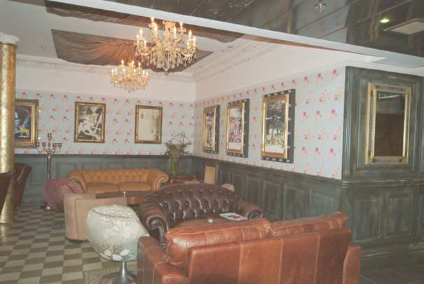 wall panelling in the circle bar manchester made in the uk by wall panelling experts
