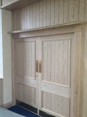 oak tongue and groove wall panelling