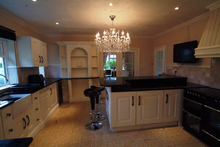 made to order kitchens by wall panelling acorn cottage tenby south wales holiday cottage with sykes cottages