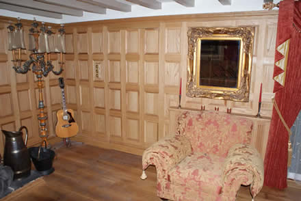 oak wall panelling made in the uk by wall panelling experts