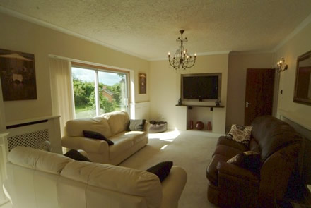 media and tv surround ideas from wall panelling experts acorn cottage holiday tenby south wales sykes cottages