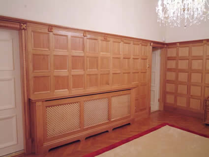 oak wall panelling for studies made in the uk by wall panelling experts for Manchester United