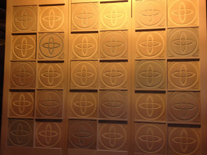 fancy circular panels by wall panelling for Bon Marche