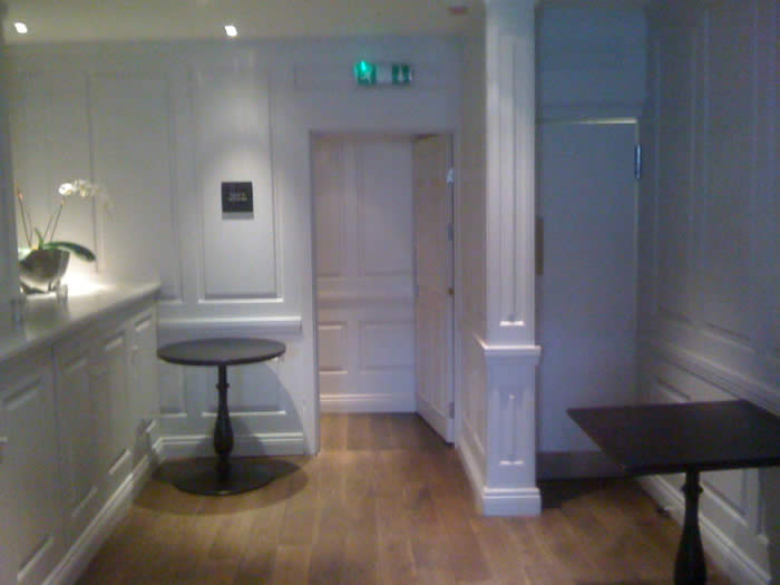 georgian wall panelling The halcyon boutique  hotel bath wall panelling made in the uk by wall panelling experts